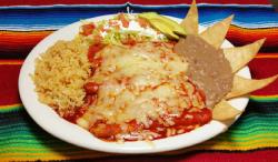 enchiladas-rojas-de-queso-estilo-guadalajara-en-los-angeles-by-tortas-ahogadas-el-guero